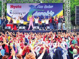 Event Funcolor Aerobic di Alun-Alun Jember