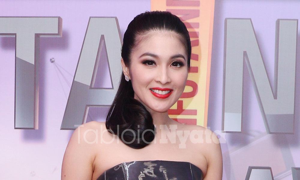 Keinginan Romantis Sandra Dewi