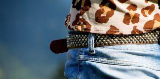 Merawat jeans