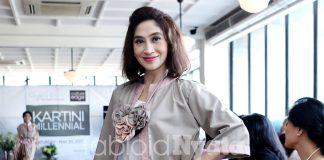Shelomita Menjadi Model