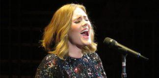 konser Adele batal