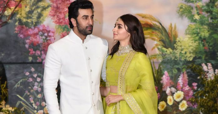 Ranbir kapoor dan Alia Bhatt pacaran