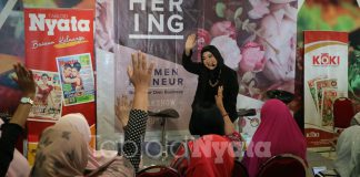 event community gathering Nyata