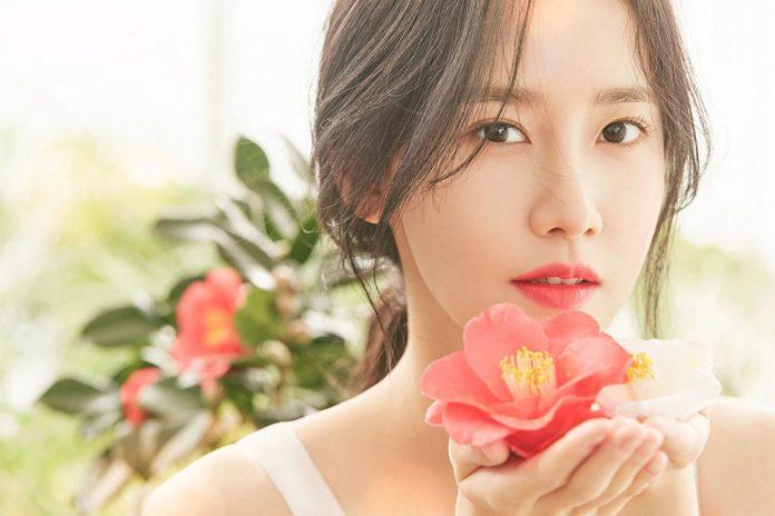 Yoona-snsd-cantik