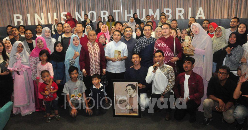 Desainer Fahmi hendrawan (3)