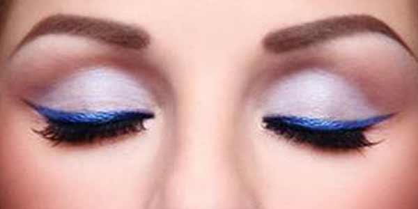 eyeliner-warna-warni