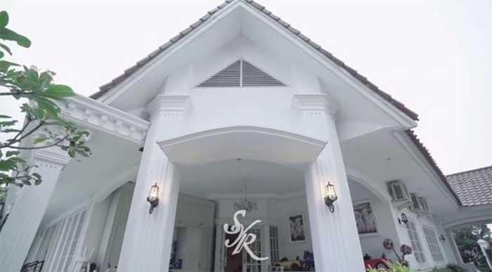 Rumah Syahrini