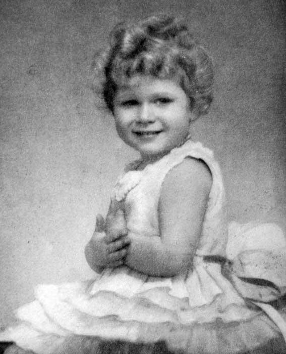 foto-masa-kecil-ratu-elizabeth