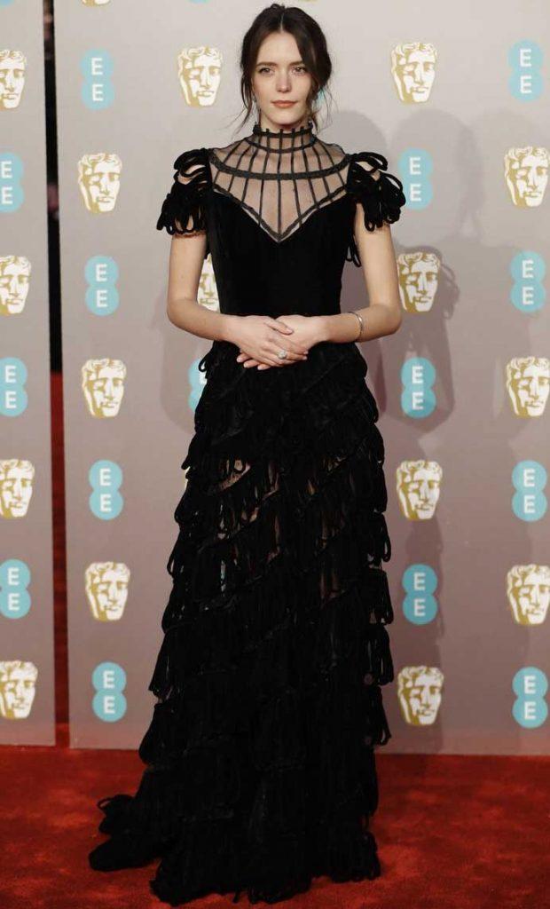 gaun-terbaik-bafta-awards-2019 Stacy Martin