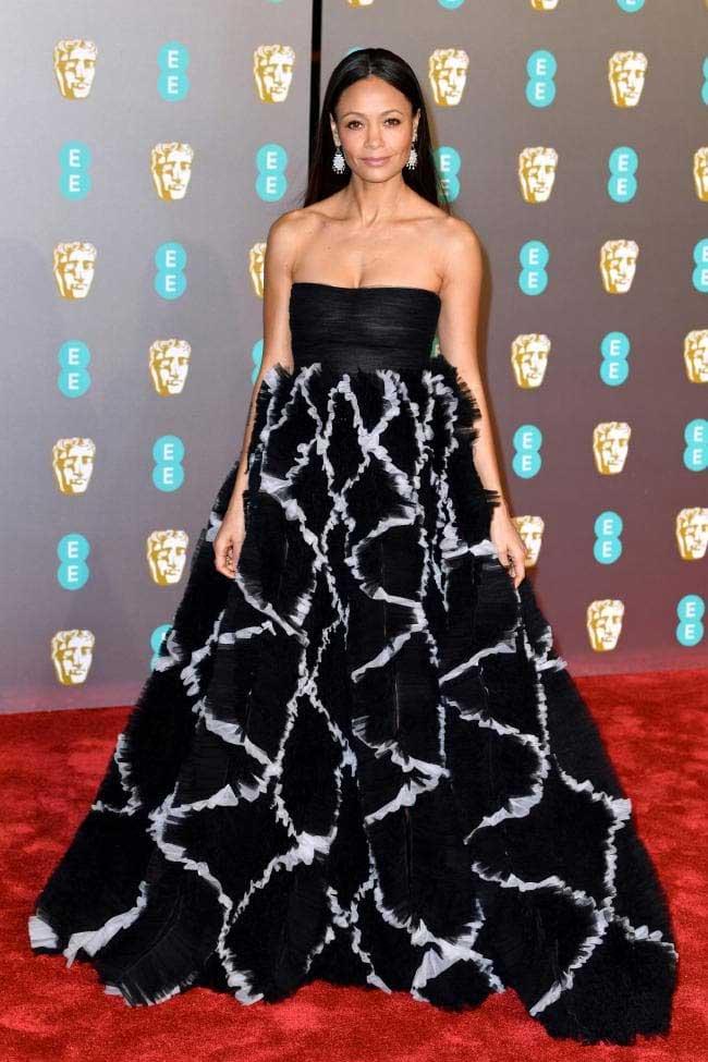 gaun-terbaik-bafta-awards-2019 Thandie Newton