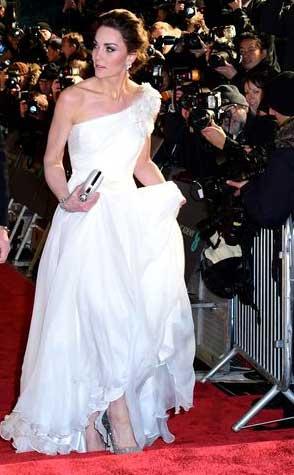 gaun-terbaik-bafta-awards-2019 kate middleton