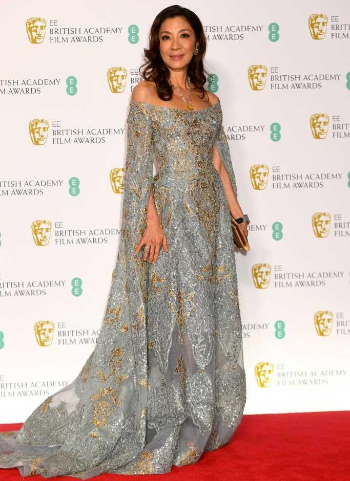 gaun-terbaik-bafta-awards-2019 michelle yeoh