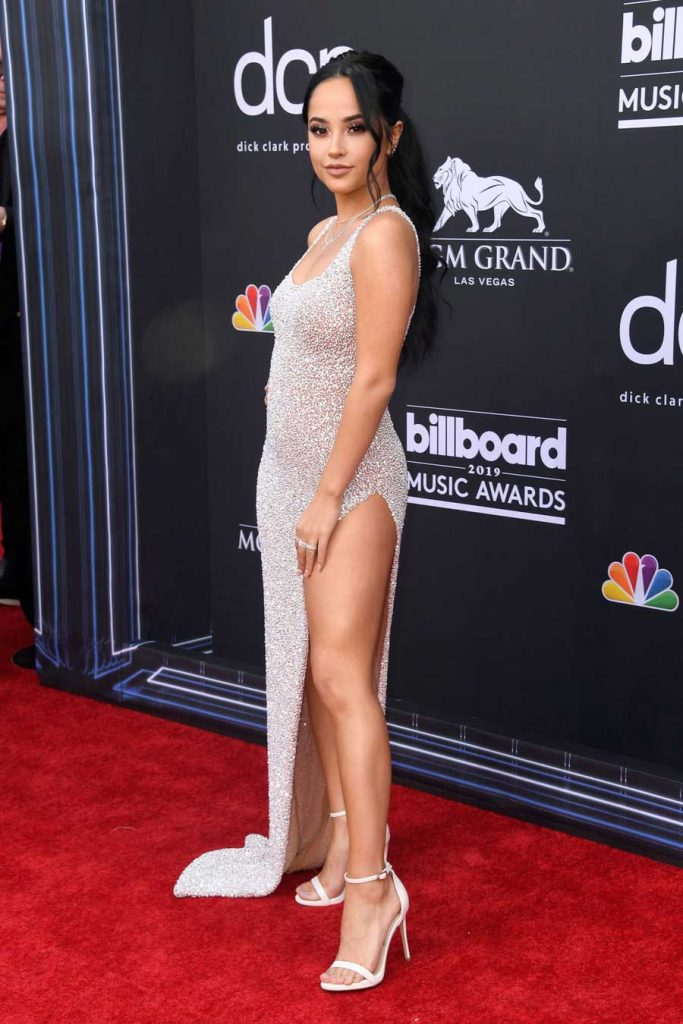 gaun-terbaik-billboard-music awards 2019 becky g