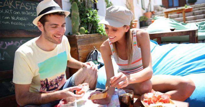 tips-traveling-vegetarian liburan