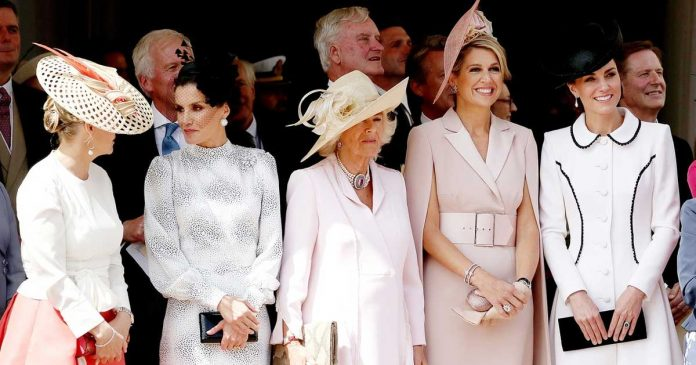 gaya kate middleton di order of garter