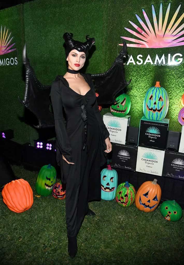 Eiza-Gonzalez-kostum-halloween-artis