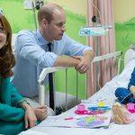 rumah sakit kate-middleton-kunjungi-pasien-kanker