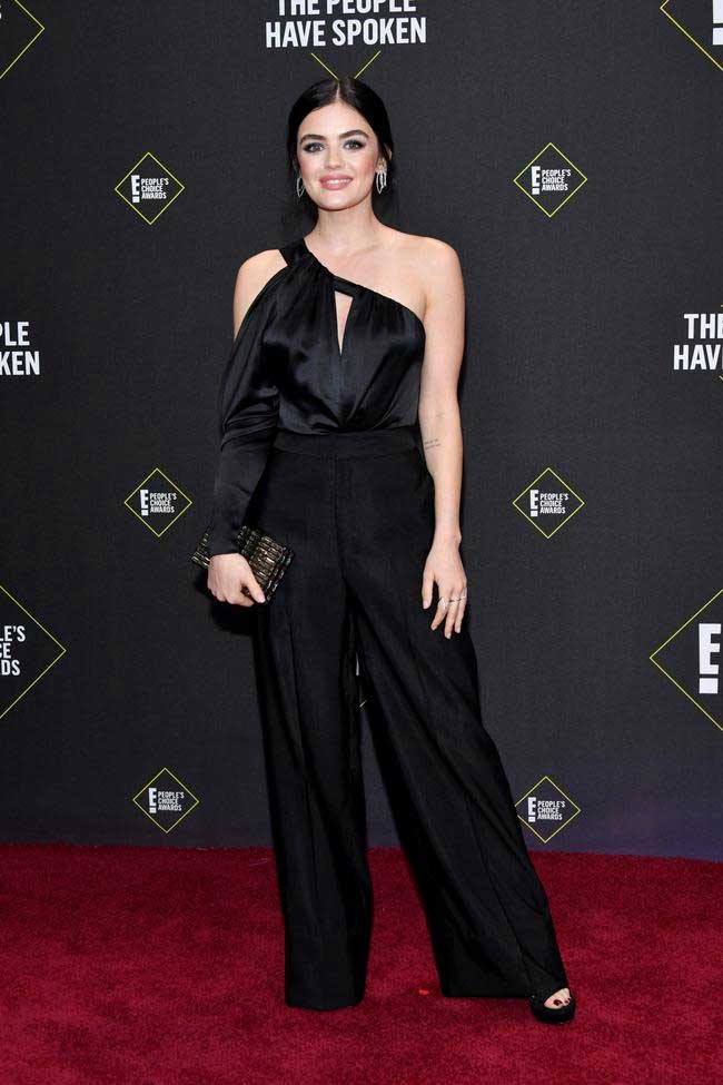 lucy-hale-in-peoples-choice-awards
