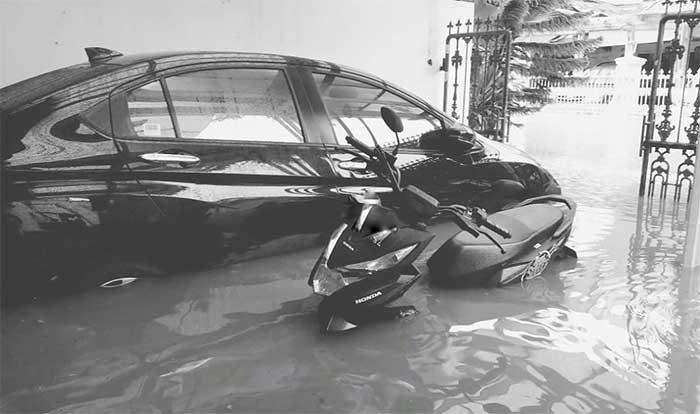 Rumah artis kebanjiran