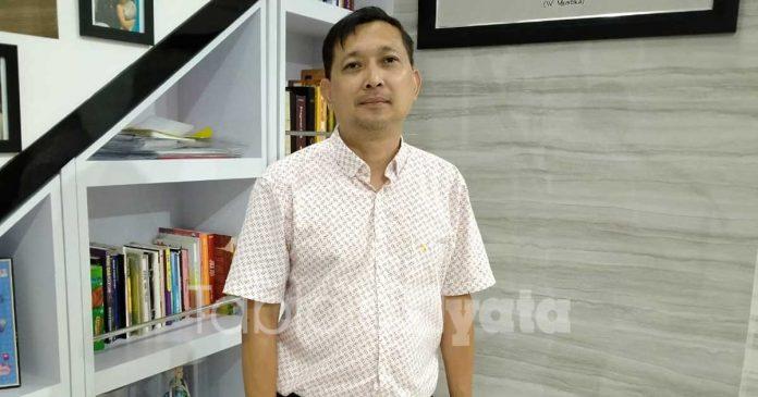 eksekutif-produser-kajeng-kliwon