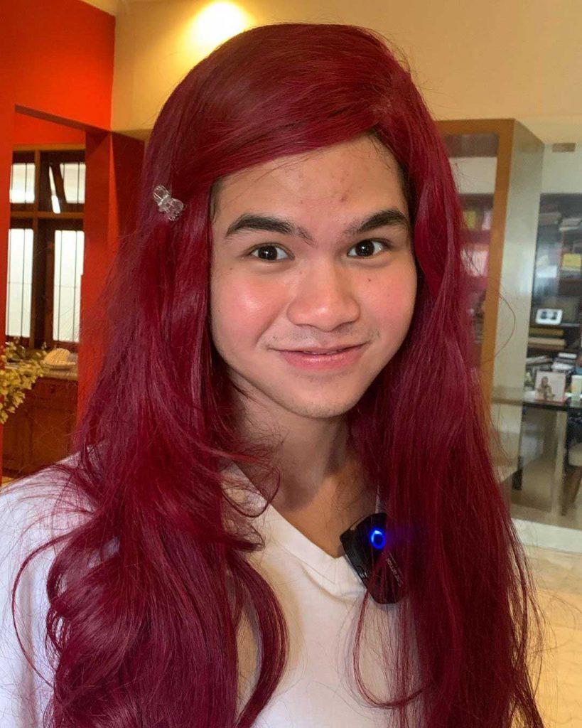 dul-jaelani-gaya-rambut-merah-panjang