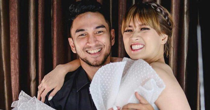 chika-jessica-cincin persiapan pernikahan nikah
