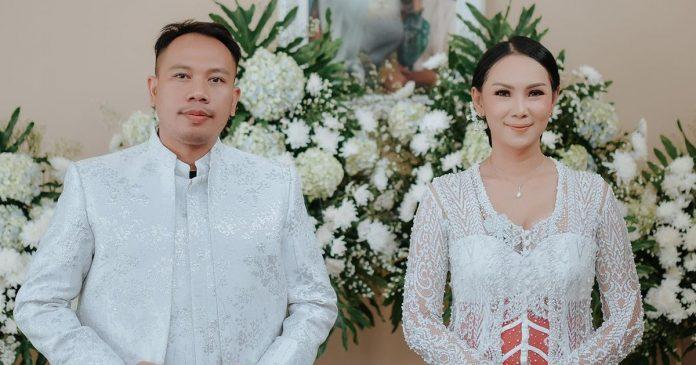 Vicky Prasetyo batal nikah