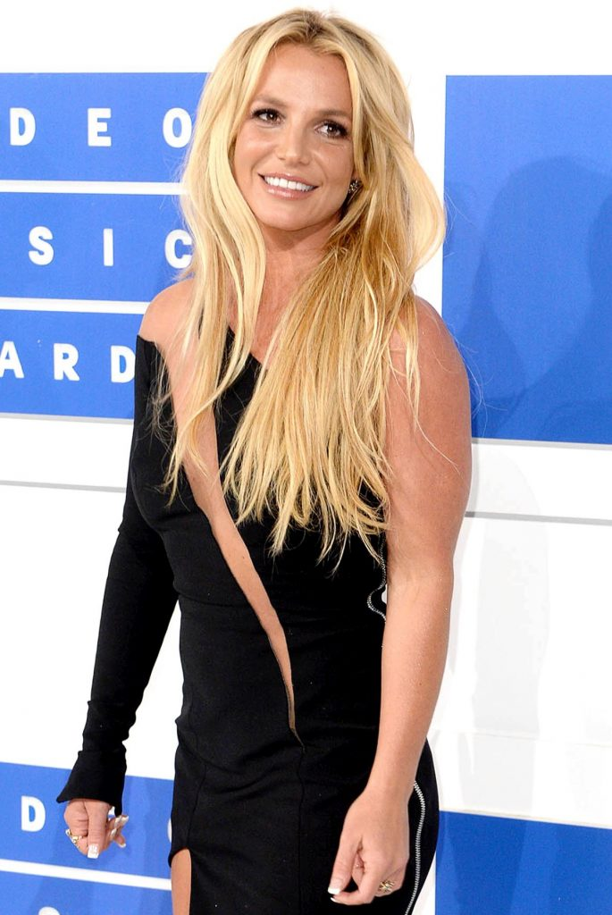 Britney-Spears-Responds-to-Fans-Who-Ask-If-She-Is-OK