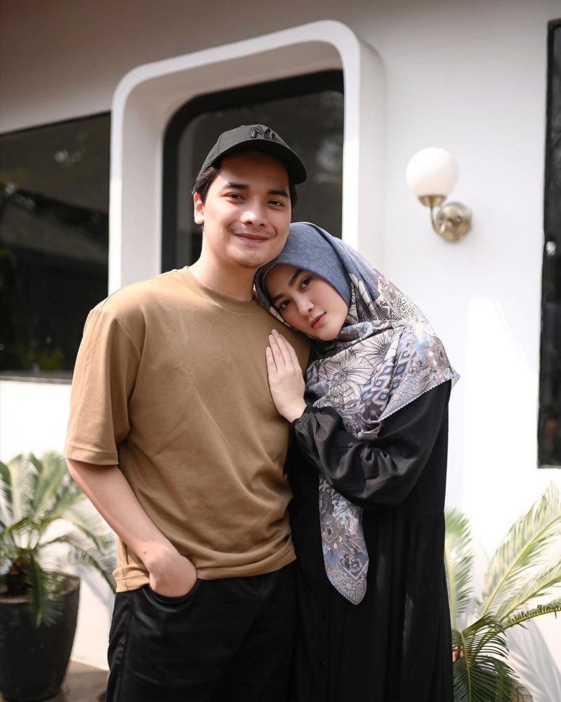 istri alvin faiz hamil henny rahman 1