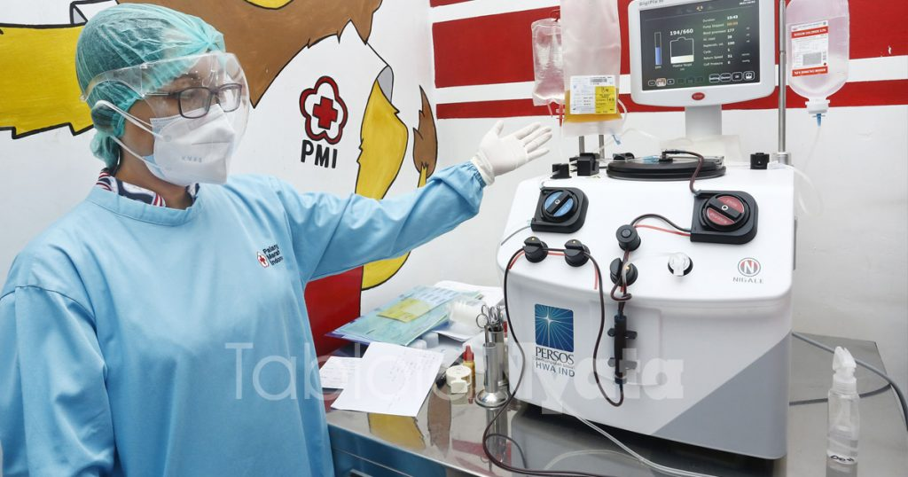 mesin-apheresis-bantuan-perso-hwa-ind-untuk-pmi-kota-malang